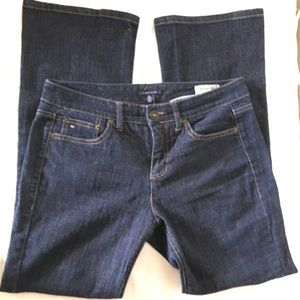 Tommy Hilfiger American 10 Stratch Bootcut Jeans.